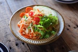 タイ料理のソムタム